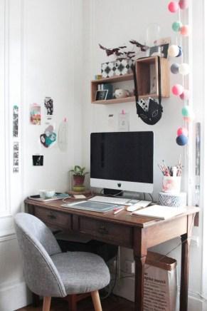 bureau-imac-fauteuil-gris-guirlande-lucille-michieli